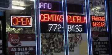 Cemitas Puebla in Chicago