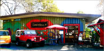 Darwells Cafe in Long Beach