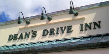 Deans Drive-In in Kaneohe