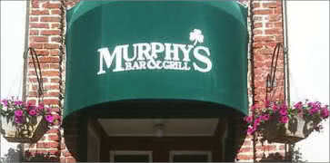 Murphys Bar and Grill in Honolulu