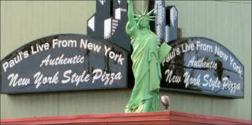 Pauls Live From New York Pizza in Eureka
