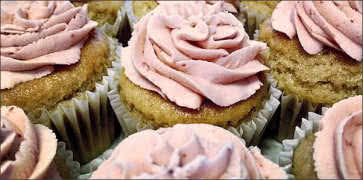 Vegan Strawberry-Vanilla Bean Cupcakes