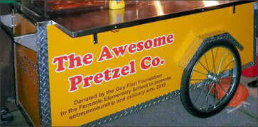 The Awesome Petzel Cart Food
